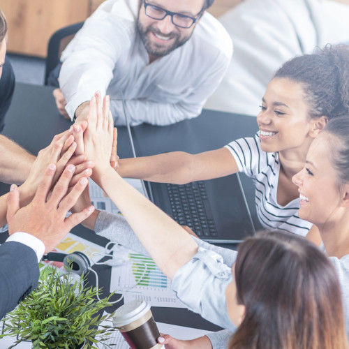 Build a Stronger Company Culture with UltiPro