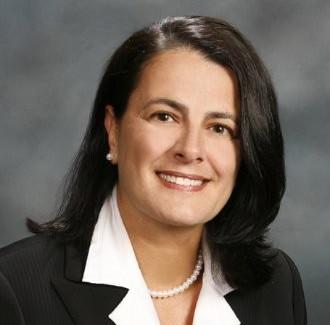 Christina Sullivan headshot